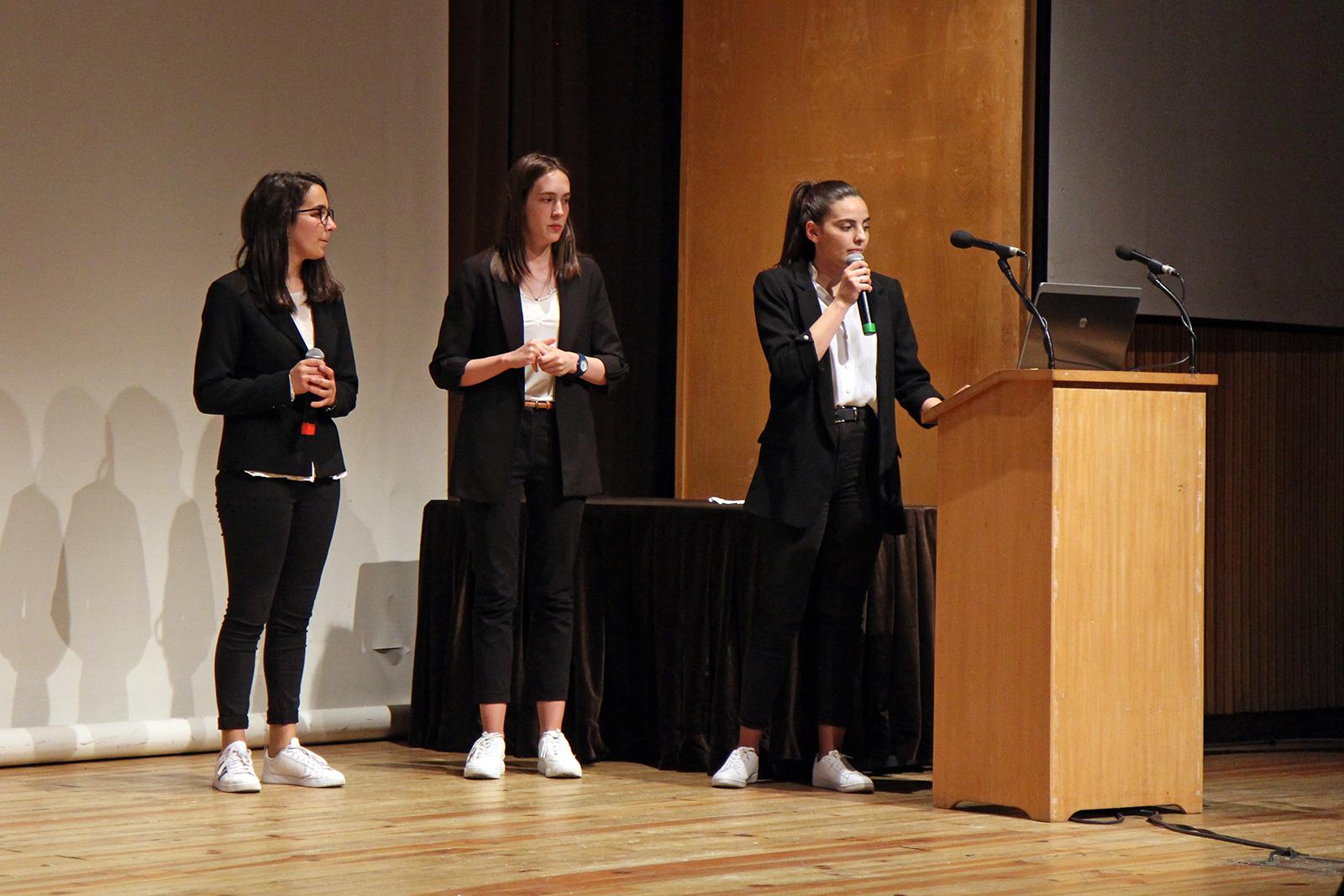 Alunas do projeto Smart Ground, Catarina Gomes, Francisca Costa e Mariana Freitas